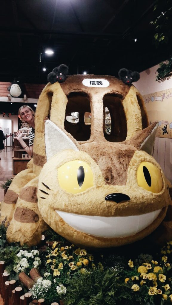 taipei, taiwan, totoro shop, cat bus